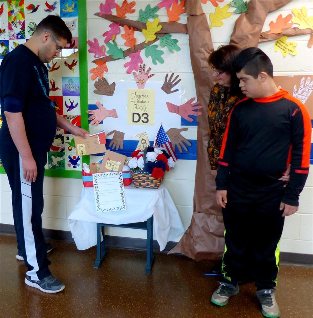 PRDS Students Part Of Letter Writing Campaign To U.S. Troops Worldwide
